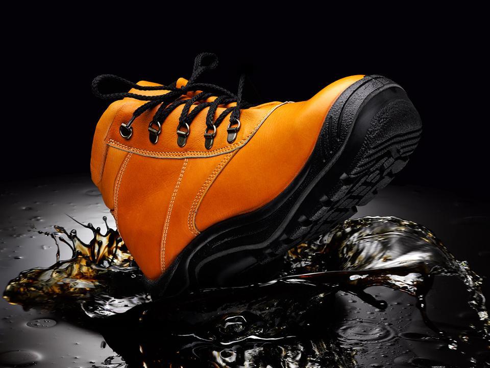 boot-in-oil